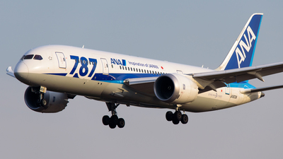 JA823A - Boeing 787-8 Dreamliner - All Nippon Airways (ANA)
