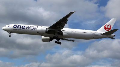 JA732J - Boeing 777-346ER - Japan Airlines (JAL)