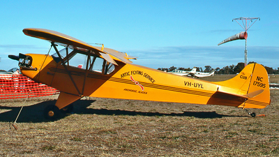 VH-UYL - Taylor E-2 Cub - Private