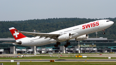 A picture of HBJHL - Airbus A330343 - Swiss - © Cesar Prieto