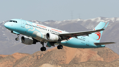 A picture of B8451 - Airbus A320214 - Loong Air - © TasKforce404-HK416