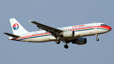 B-2228 - Airbus A320-214 - China Eastern Airlines