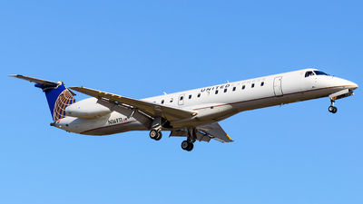 N16911 - Embraer ERJ-145LR - United Express (ExpressJet Airlines)