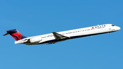 N952DN - McDonnell Douglas MD-90-30 - Delta Air Lines