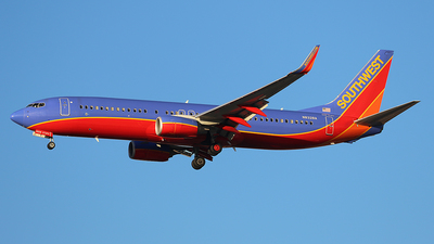 N8328A - Boeing 737-8H4 - Southwest Airlines