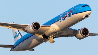 PH-BKA - Boeing 787-10 Dreamliner - KLM Royal Dutch Airlines