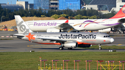 VN-A559 - Airbus A320-232 - Jetstar Pacific Airlines