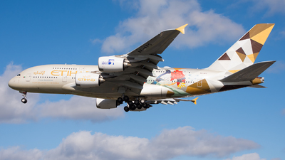 A picture of A6APG - Airbus A380861 - Etihad Airways - © Josh Greenall