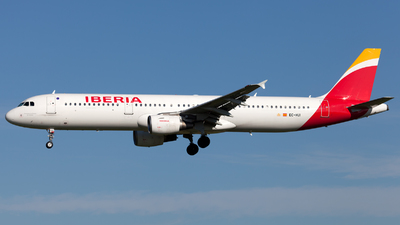 EC-HUI - Airbus A321-211 - Iberia