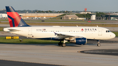 A picture of N371NB - Airbus A319114 - Delta Air Lines - © Erik Goodfellow