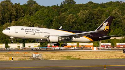 N349UP - Boeing 767-34AF(ER) - United Parcel Service (UPS)