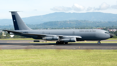 983 - Boeing KC-135E Stratotanker - Chile - Air Force