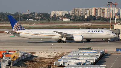 A picture of N12006 - Boeing 78710 Dreamliner - United Airlines - © Michael Sender