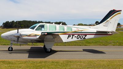 PT-OUZ - Beechcraft 58 Baron - Private