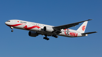 A picture of B2006 - Boeing 77739L(ER) - Air China - © Too much or too little contrast