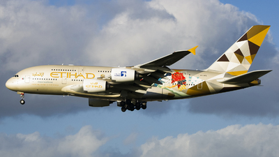 A6-APD - Airbus A380-861 - Etihad Airways