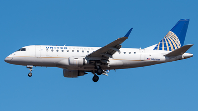 A picture of N861RW - Embraer E170SE - United Airlines - © Evan Dougherty