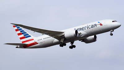 A picture of N809AA - Boeing 7878 Dreamliner - American Airlines - © Eric Graf