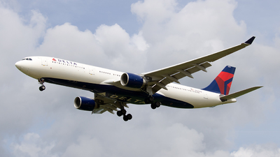 N803NW - Airbus A330-323 - Delta Air Lines