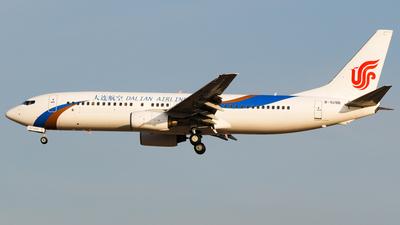 B-5196 - Boeing 737-86N - Dalian Airlines