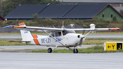 A picture of SELZI - Cessna 172R Skyhawk -  - © Erlend Karlsen