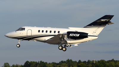 N24SM - Raytheon Hawker 800XP - Private