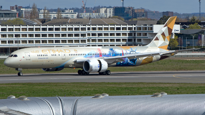 A picture of A6BLC - Boeing 7879 Dreamliner - Etihad Airways - © M. Azizul Islam