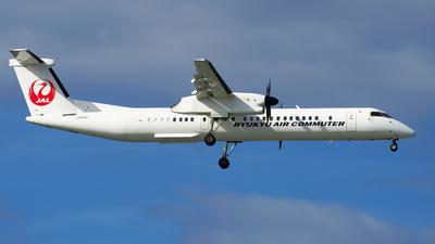 A picture of JA82RC - De Havilland Canada Dash 8400 Combi - Ryukyu Air Commuter - © kenzo ugawa