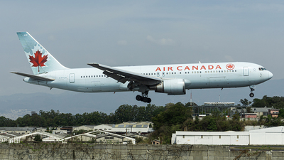 A picture of CFTCA - Boeing 767375(ER) - [24307] - © chalymtz