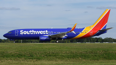 N8576Z - Boeing 737-8H4 - Southwest Airlines