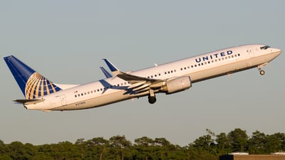 A picture of N37408 - Boeing 737924 - United Airlines - © Positive Rate Photography