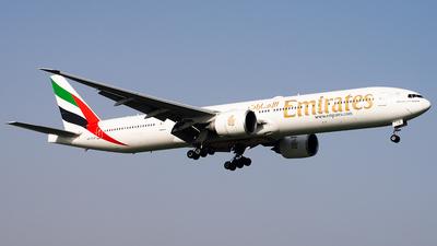 A picture of A6ECB - Boeing 77731H(ER) - [32714] - © Hamza A. Mughal