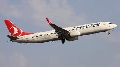 A picture of TCJYH - Boeing 7379F2(ER) - Turkish Airlines - © Peter Bakema