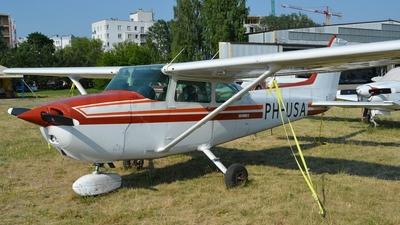 A picture of PHUSA - Cessna 172P Skyhawk - [17274718] - © Eric Strzala
