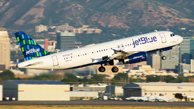 A picture of N579JB - Airbus A320232 - JetBlue Airways - © Michael Rodeback