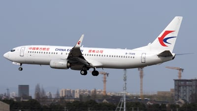 A picture of B7589 - Boeing 73789P - China Eastern Airlines - © XPHNGB