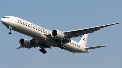 VT-ALW - Boeing 777-337ER - India - Government