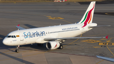 4R-ABN - Airbus A320-214 - SriLankan Airlines