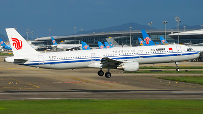 B-6701 - Airbus A321-213 - Air China