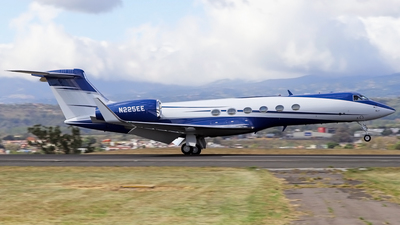 N225EE - Gulfstream G-V - Private