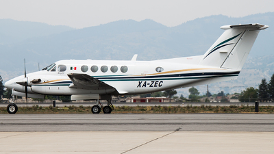 XA-ZEC - Beechcraft 200 Super King Air - Private
