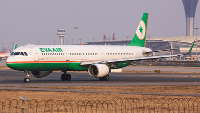 A picture of B16211 - Airbus A321211 - EVA Air - © SS3 4108