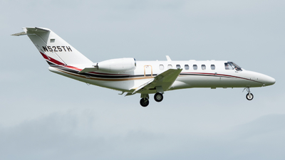 N525TH - Cessna 525 Citationjet CJ3 - Private