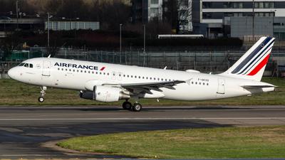 F-GKXQ - Airbus A320-214 - Air France