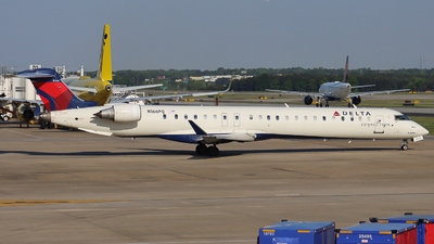 A picture of N166PQ - Mitsubishi CRJ900LR - Delta Air Lines - © Ethan Peters