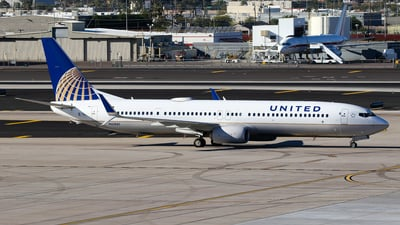 N61881 - Boeing 737-924ER - United Airlines