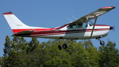 A picture of N4933S - Cessna R182 Skylane RG - [R18201334] - © Kevin Porter