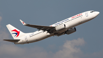 A picture of B7591 - Boeing 73789P - China Eastern Airlines - © LingFeng