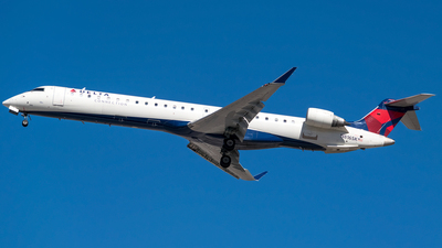 N816SK - Bombardier CRJ-900ER - Delta Connection (SkyWest Airlines)
