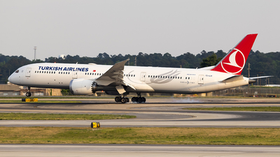 A picture of TCLLM - Boeing 7879 Dreamliner - Turkish Airlines - © JinZi
